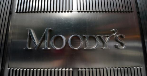 Moody's 17 Türk bankasının notunu düşürdü