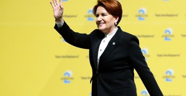 Akşener, Genel Başkanlığa yeniden seçildi