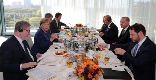 Cumhurbaşkanı Erdoğan-Merkel kahvaltıda buluştu