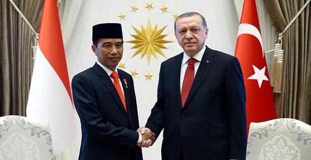 Erdoğan, Endonezya Cumhurbaşkanı ile telefonda görüştü