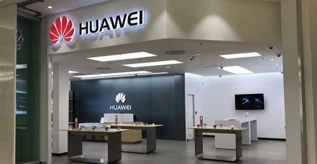 Huawei, Türkiye'deki ilk deneyim mağazasını İzmir'de açtı
