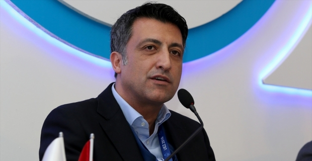 Malezyalı telekom devine Türk CEO