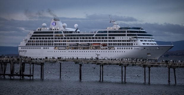 Turistler rotayı Antarktika'ya çevirdi