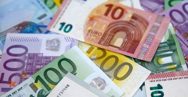 Avro, dolar karşısında ECB sonrası değer kazandı