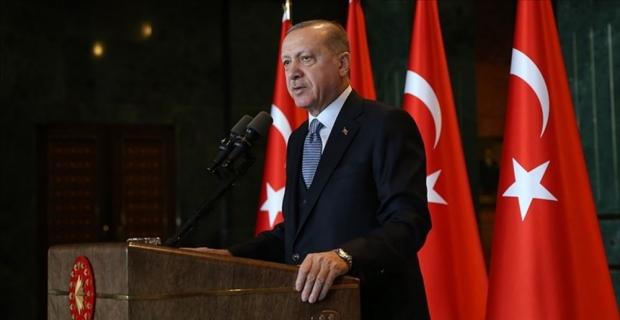 Cumhurbaşkanı Erdoğan: Kimsenin milletin alicenaplığına leke sürme hakkı yok