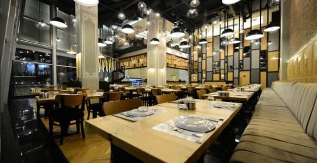 Restoranlarda masalar kalkıyor
