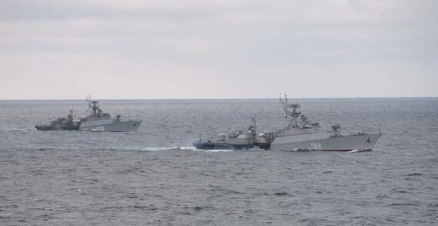 Gerilim yükseliyor: Rusya, Karadeniz'e 15 donanma gemisi gönderdi