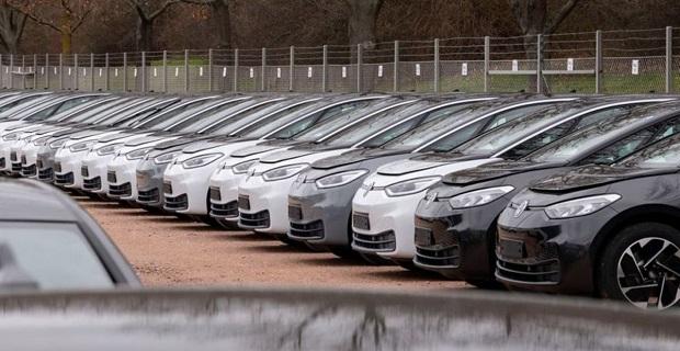 Araç satışları Temmuz'da azaldı: Yüzde 45