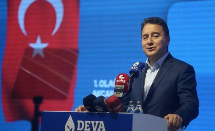 Babacan: Koskoca ülkenin hedefleri küçültüldü