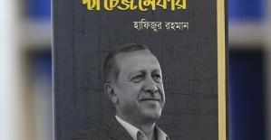 Cumhurbaşkanı Erdoğan'ı ülkesinde tanıtmak için kitap yazdı