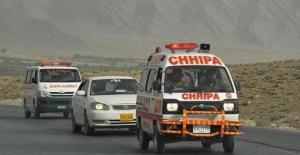 Pakistan'da seçim kana bulandı: 28 ölü