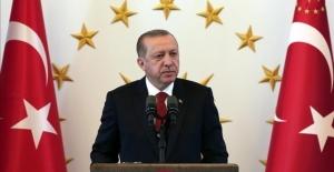 Cumhurbaşkanı Erdoğan, askerlerin bayramını kutladı