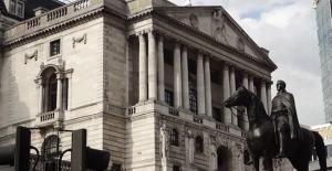 İngiltere Merkez Bankası faiz artırdı