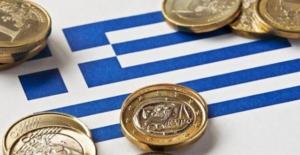 Yunanistan kurtarma programından başarıyla çıkıyor