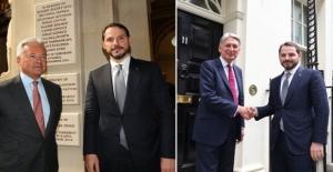Bakan Albayrak Londra'da 11 finans kuruluşu ile görüştü