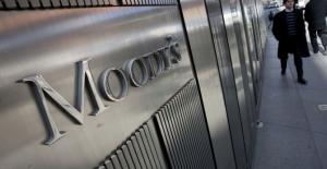 Moody's, Türkiye'nin 'mevduat' notunu indirdi