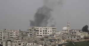Rusya, 22 gün sonra İdlib'i vurdu