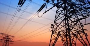 Elektrikte tüketim ve üretim azaldı