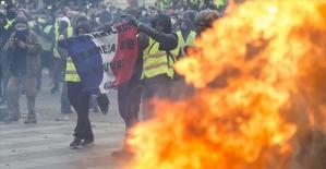 Sarı yeleklilerin gösterilerindeki şiddet Paris'in dışına sıçradı