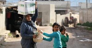İHH'den Afrin'de bir yılda 150 bin sivile insani yardım