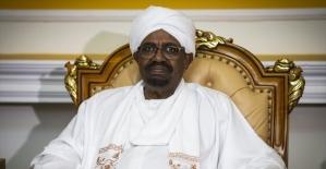 Sudan Cumhurbaşkanı Beşir partisindeki yetkilerini devretti