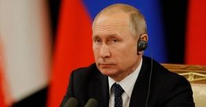 Rusya Devlet Başkanı Putin: Gündemimizde S-400'lerin sevkiyatının tamamlanması var