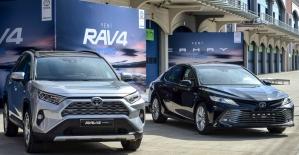 Toyota hibrit ürün gamını iki yeni ürünle genişletti