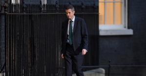 İngiltere Savunma Bakanı Williamson görevden alındı