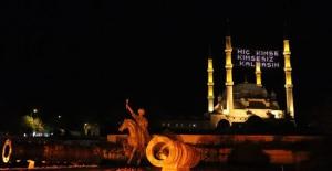 Zeytinyağı kandiliyle başlayan Türk sanatı: Mahyacılık