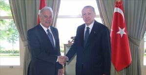 Cumhurbaşkanı Erdoğan AB Komiseri Avramopoulos'u kabul etti