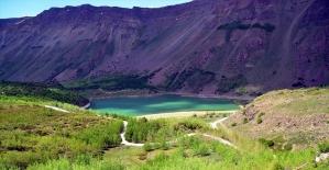 'Yeryüzü cenneti' Nemrut'a turist akını