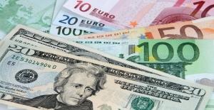 Dolar/TL haftaya sert düşüşle başladı