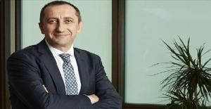 Türk Telekom'un yeni CEO'su Ümit Önal'dan çalışanlarına ilk mesaj