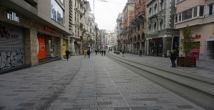 İstanbul sokaklarında koronavirüs sakinliği