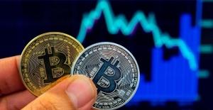 Kripto parada dalgalanma devam ediyor: Bitcoin'in piyasa değeri 1 trilyon dolara ulaştı