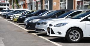 Sıfır araç yeni rekor kırdı, 2. el pazarı da umutlandı