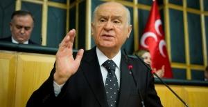 Bahçeli'den 103 emekli amirale tepki: Rütbeleri sökülmeli