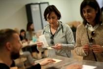 Ayrılıkçı Katalanlar İspanya'da seçimlerden güçlenerek çıktı