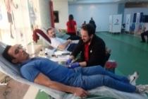 Türk Telekom çalışanlarından Kızılay'a destek