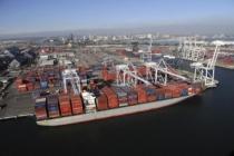 Dış ticaret açığı ağustosta geriledi