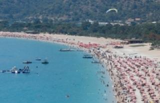 Bayram tatilinin ekonomik büyüklüğü 10 milyar...