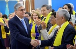 Kazakistan'da Tokayev cumhurbaşkanlığı seçimini...