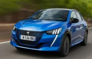 Otomotiv devi Peugeot 'elektrikli araç' payını...