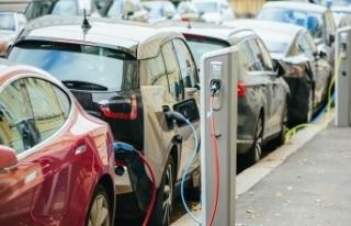 Hibrit ve elektrikli satışları şimdiden 2020'yi...