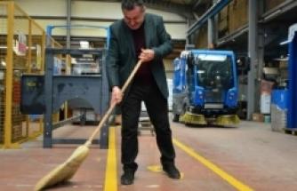 Çalı süpürgesi yapımından elektrikli araç üretimine: 70 ülkeye ihraç ediyor