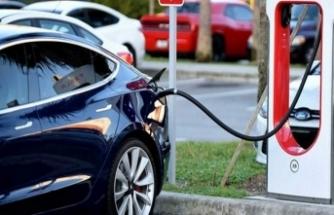 EPDK Başkanı Yılmaz'dan elektrikli araç açıklaması